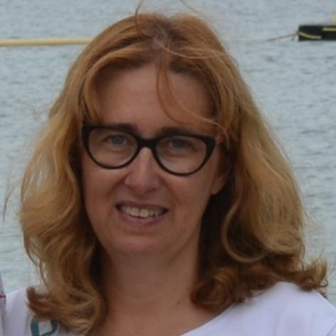 Alcodori Mateo, Mª Carmen